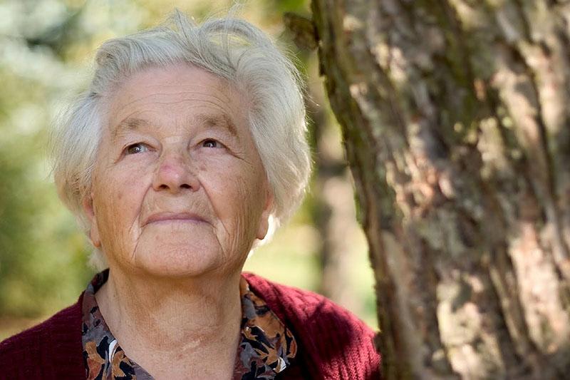 老了,要住家裡還是老人院?瑞士退休族與母親的相處時光