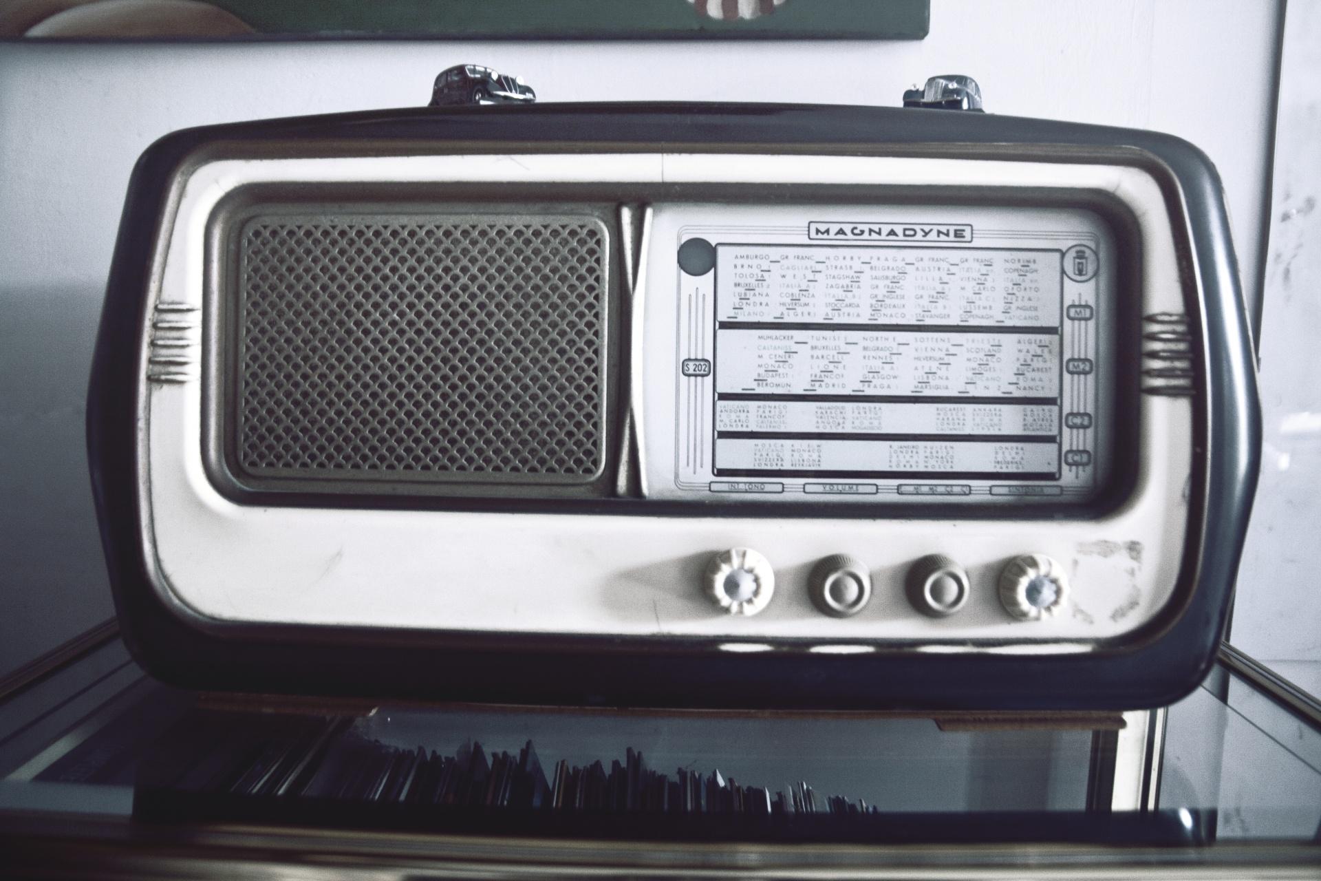 收音機的照片-安可人生