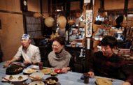 69歲的她用熟齡服裝設計,重振日本銀礦小鎮