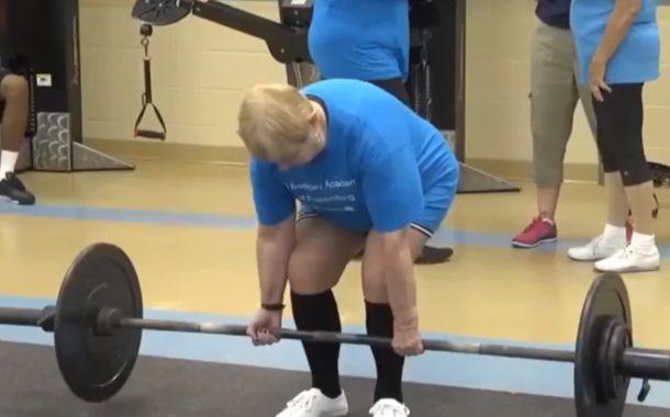 每週上3次健身,97歲舉重阿嬤挑戰人生新目標