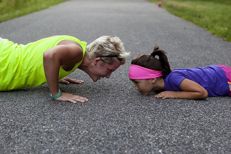 丁叮花甲少年 熟齡族比年輕人更需要重量訓練的理由!