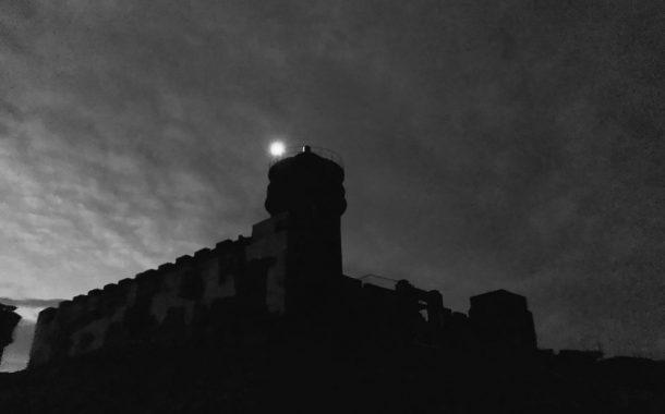 奔走二十年 烏坵古燈塔再現光明