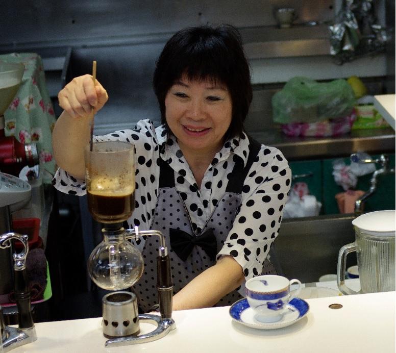 開在菜市場の咖啡店:四季人情咖啡