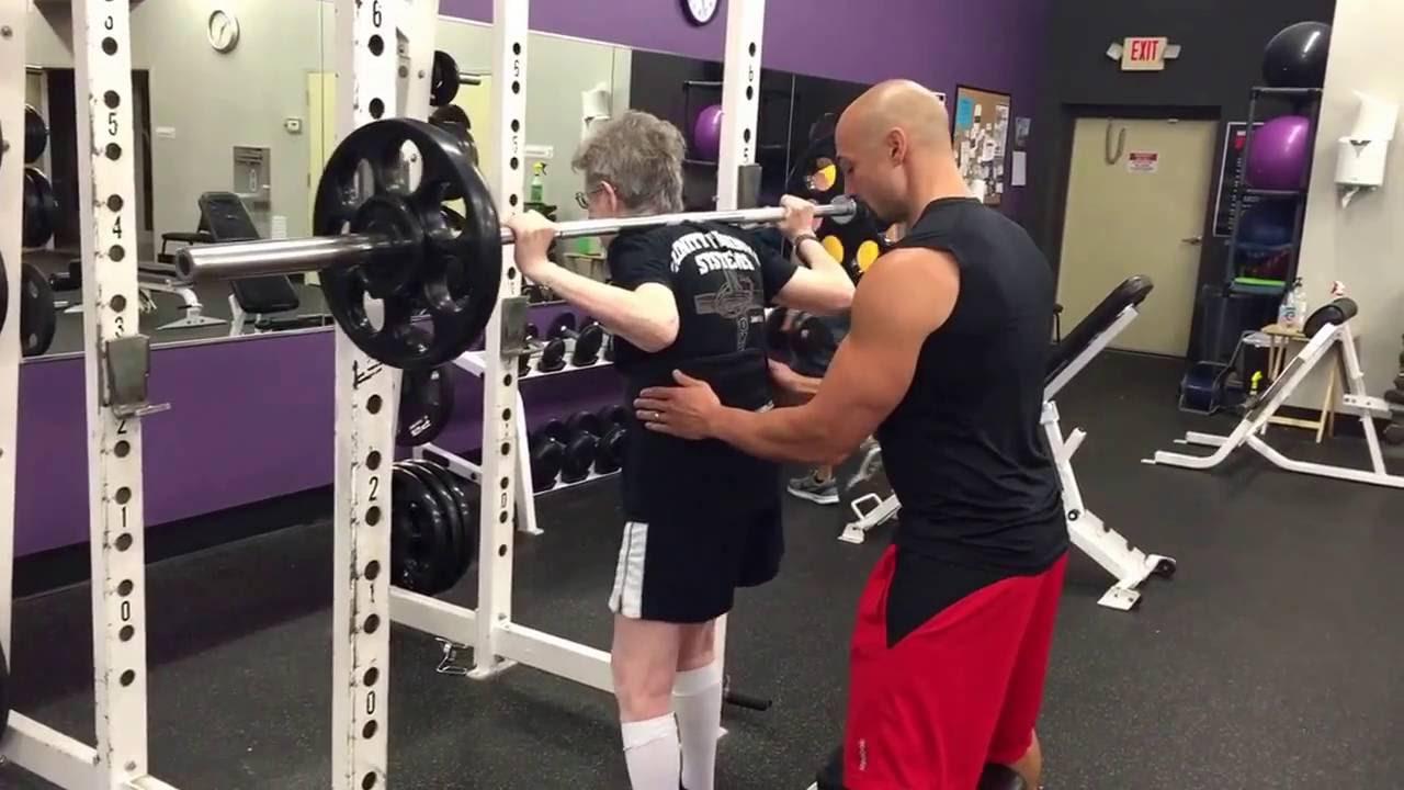 90歲阿嬤舉重
