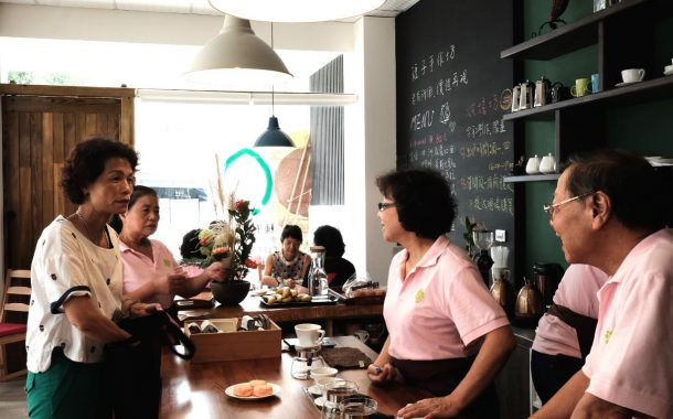 退休後當志工!這家咖啡館徵求65歲以上的高年級實習生