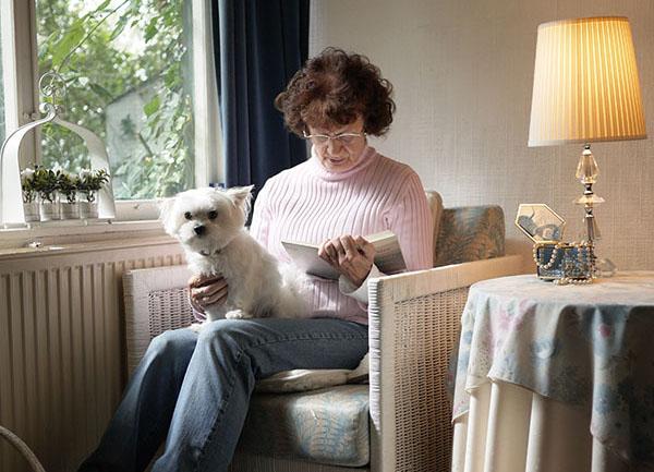 荷蘭獨居奶奶熱愛生活美學,享受簡單的快樂和滿足!
