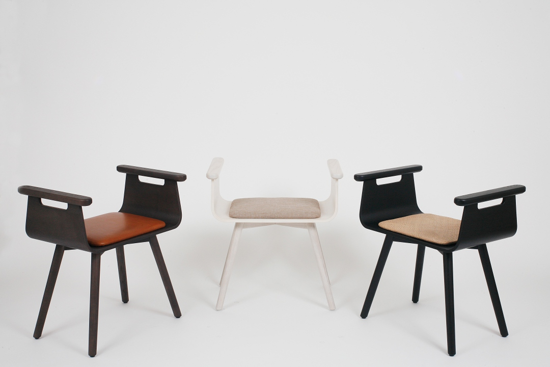 家具要像夥伴一樣「擁有表情」!專為熟齡設計的微笑玄關椅
