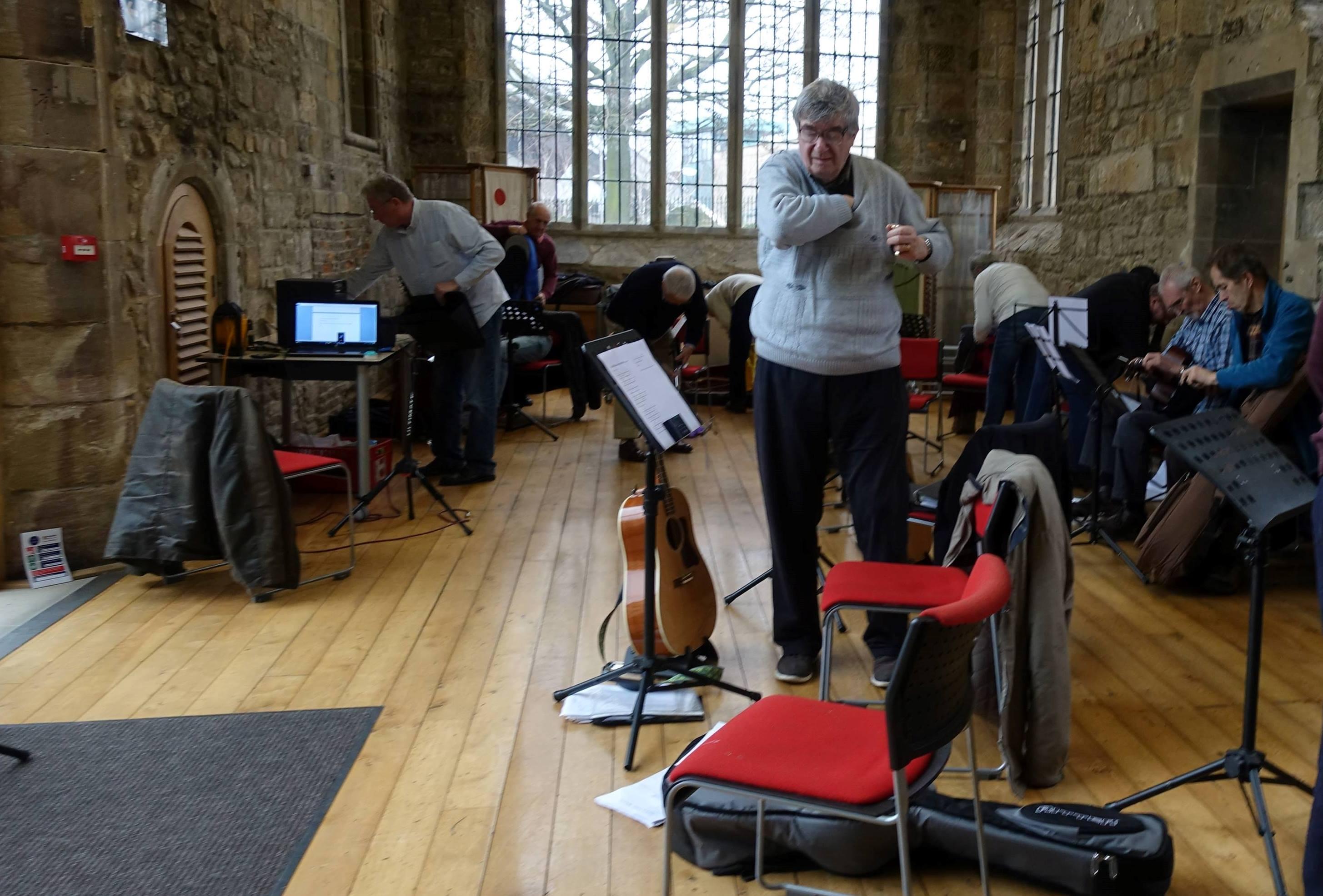 銀髮音樂天堂 英國蓋次黑德歌劇院銀髮音樂班的故事
