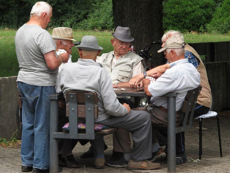 百歲老人 - 安可人生