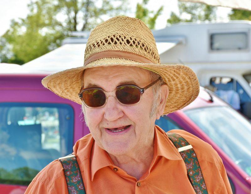 英國健康網站推出百歲老人的長壽攻略