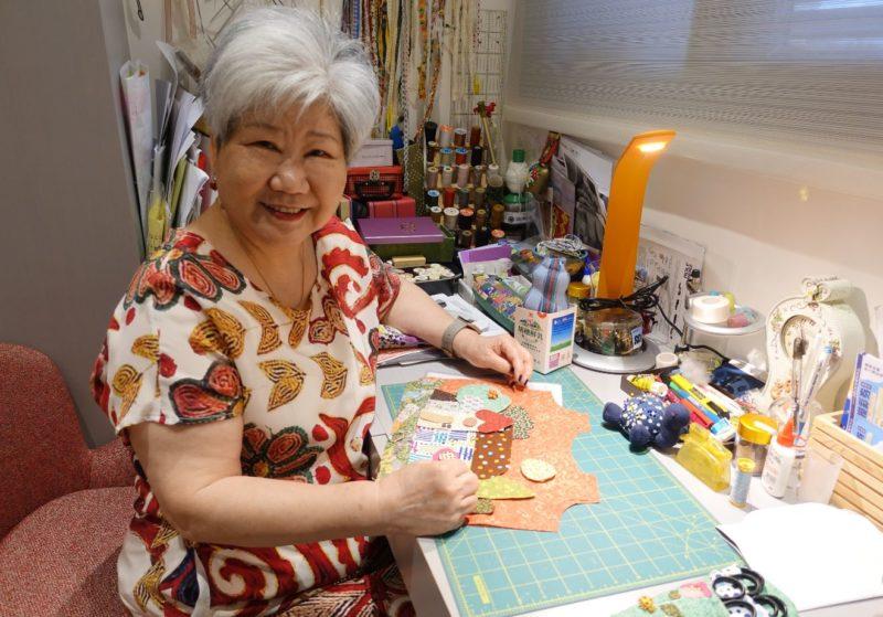 把愛和思念化作經緯  73歲章鄭瑞蓮獲國際拼布大展首獎