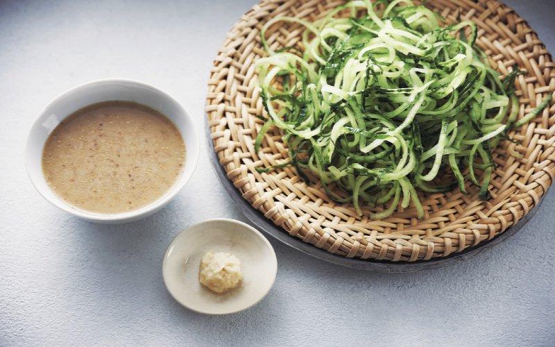 夏天必學食譜:用蔬菜做的偽麵條料理