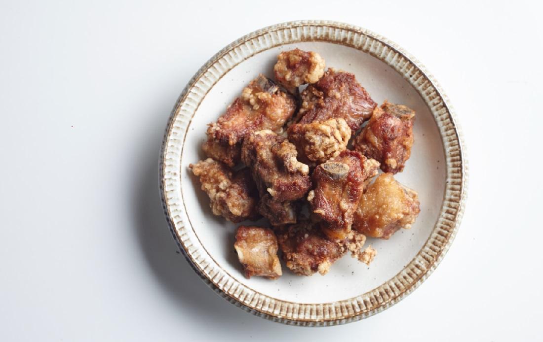跟媽媽一起下廚 排骨酥 番紅花 - 安可人生雜誌