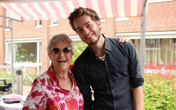 荷蘭大學生住進養老院  用關懷支付租金