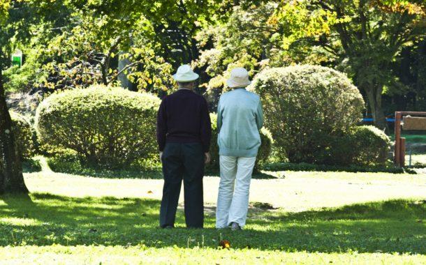 親密對話|當親愛的家人疑似失智  如何讓他們願意就醫?