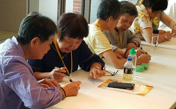 大學招生面臨少子化衝擊,連結退休社區帶動轉型契機