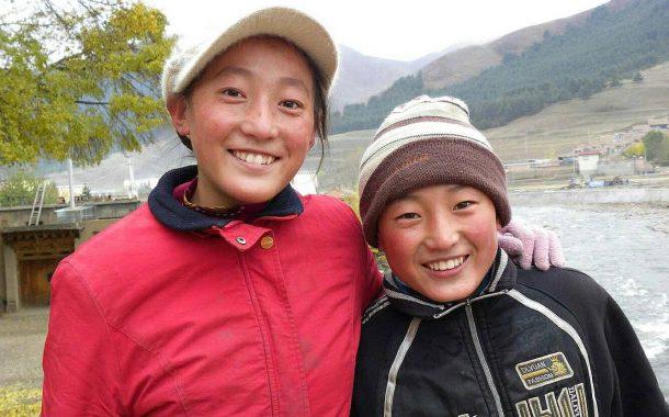 馬蹄壯遊|夏河藏民女孩「完瑪草」的邂逅