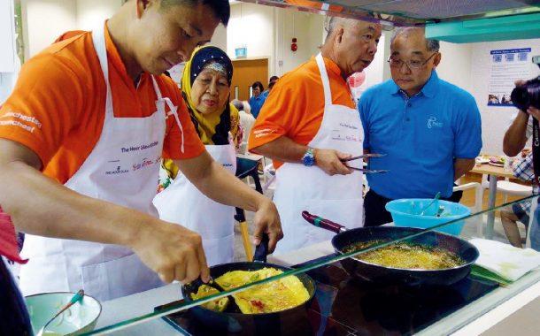 國際傳真|新加坡如何打造長者夢想中的共享廚房?