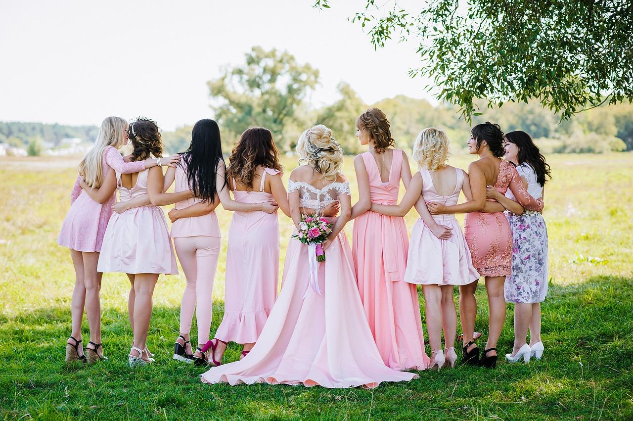 Anke時尚|準婆婆、準丈母娘必讀!挑對婚宴禮服,讓您成為最耀眼的主婚人