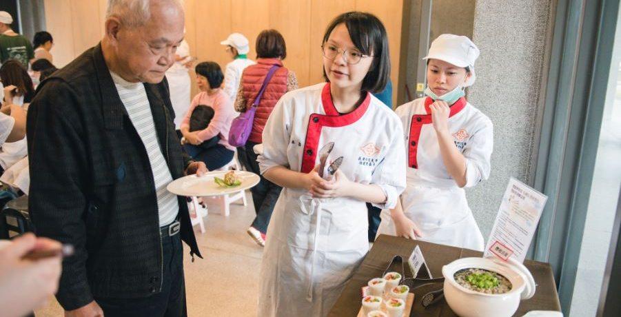 創意生活 做菜給高齡長輩吃,需要多留心哪些方面?