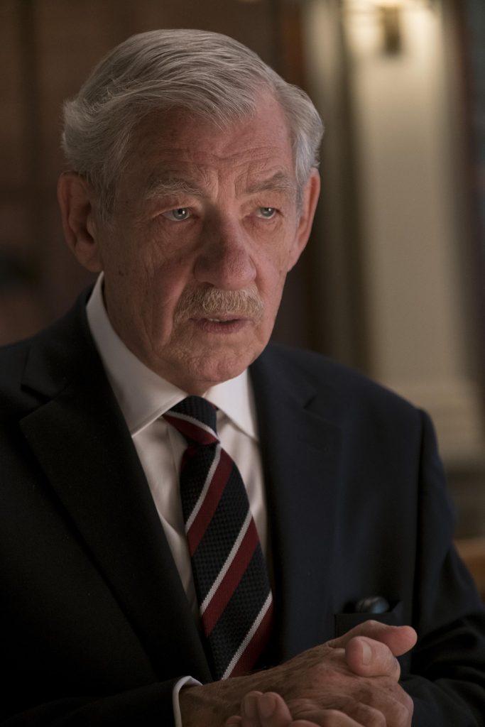 伊恩麥克連精采演繹壞蛋狠角色,可不是我們所熟悉的《魔戒》甘道夫的模樣。