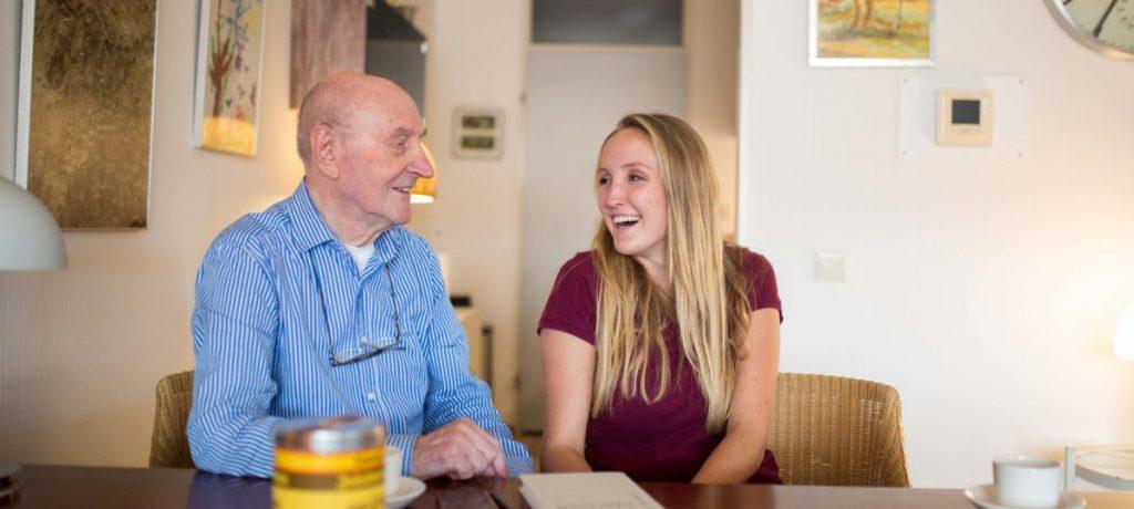 全球樂齡|相差70歲的青銀歷史迷  打造跨世代黃金友誼