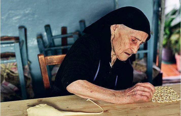 全球樂齡  Youtube頻道「義麵奶奶」紀錄數百位義大利奶奶的秘密食譜