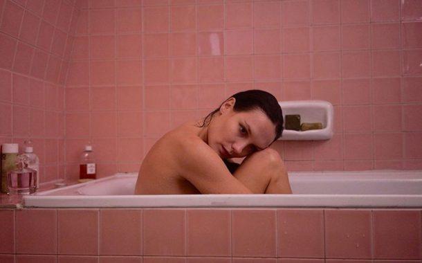 【人生電影院】從《巴黎寂寞不打烊》談孤獨