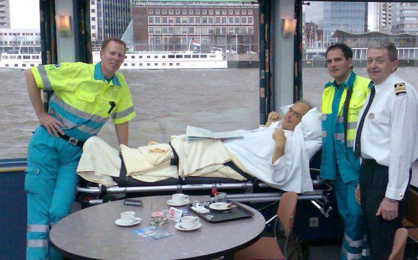 全球樂齡 | 最有意義的退休生活!救護車司機幫助重病者完成最後心願