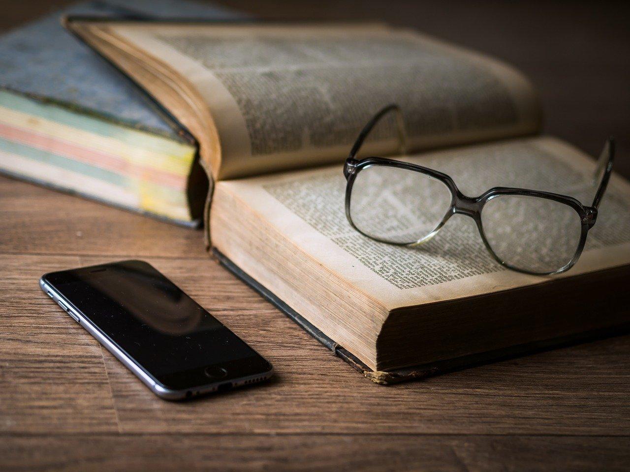 智慧型手機盯久了,眼睛變得很難聚焦?!跟著這樣做,讓眼球對焦快狠準