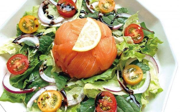 IG高人氣營養師 Rami的減肥食譜 ─ 不加淋醬也美味,燻鮭魚地瓜球沙拉