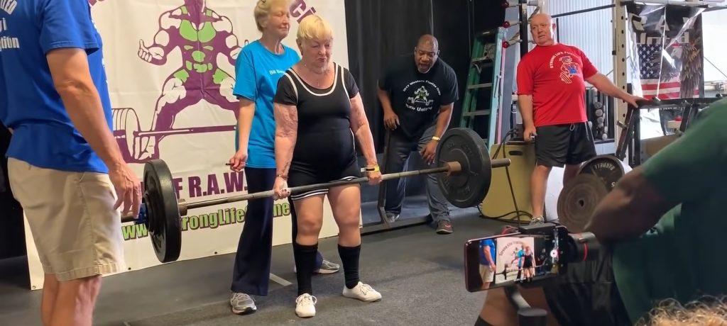 全球樂齡 金氏世界紀錄認證 地表最強壯阿嬤!美國百歲人瑞征戰健力比賽