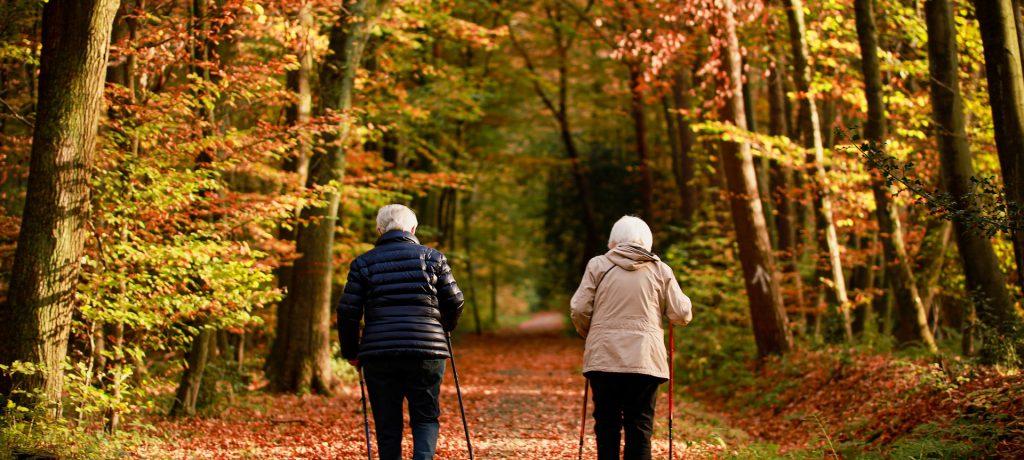 熟年時尚 走路也是種時尚,日走萬步促進健康,但你走對了嗎?